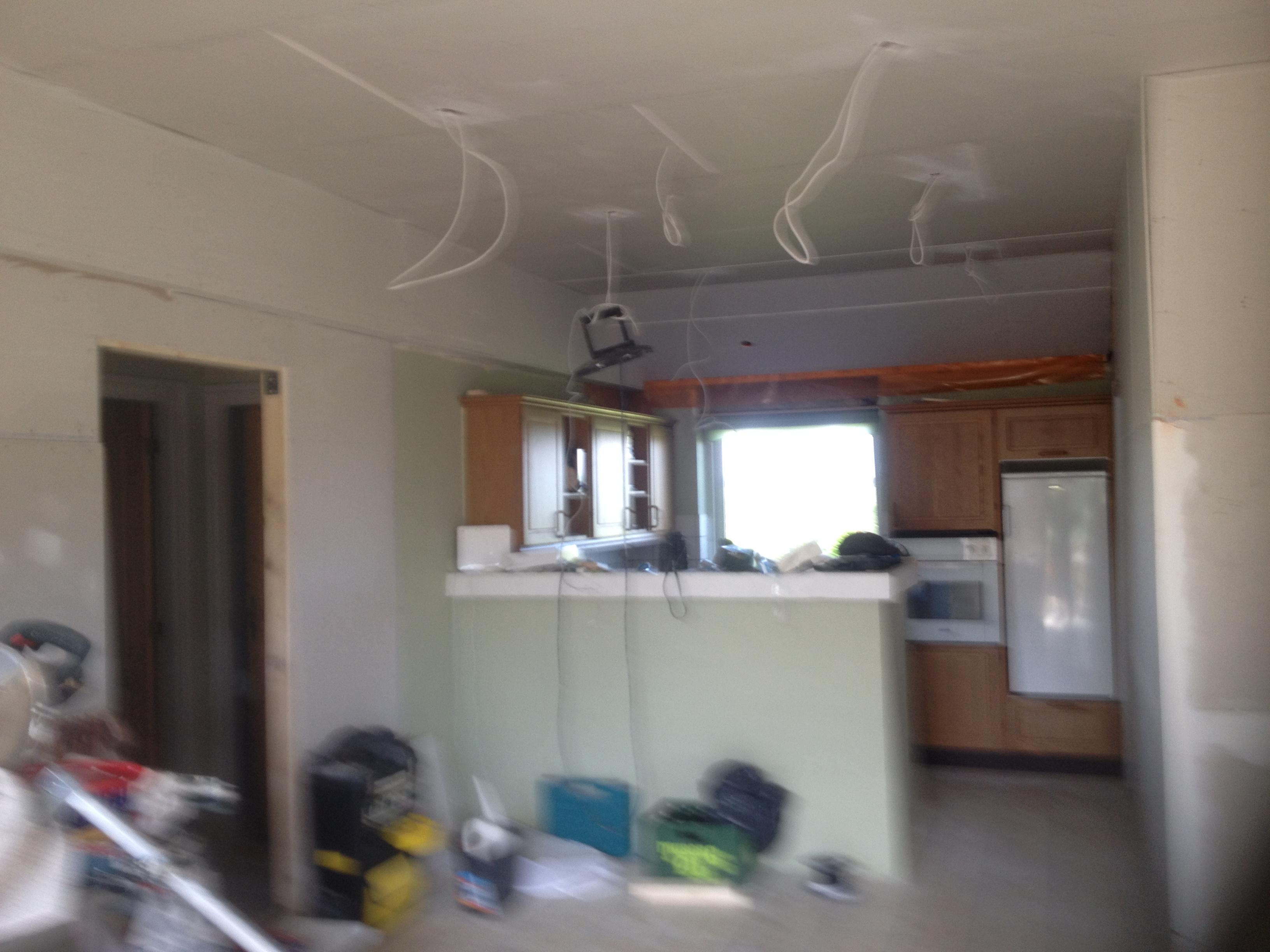 Renovering af køkken - i gang.